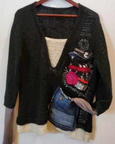 Sweter z kieszonką