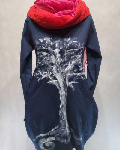 Sukienka z drzewem
