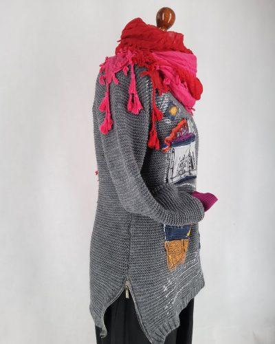 Sweter z oknem na świat