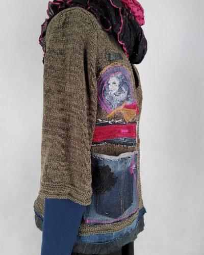 Sweter portret na piasku