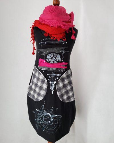 Sukienka z kratką XS